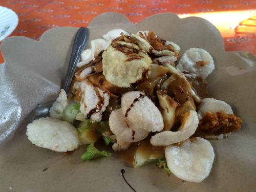 Một vài món ăn đường phố các du khách nên thử khi du lịch Indonesia
