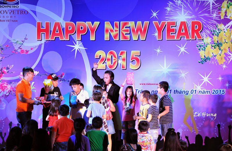 Caravan tất niên cùng Happy New Year 2015
