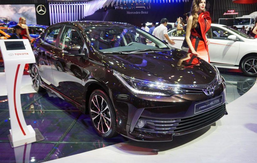 Toyota Corolla Altis 2017 lộ giá bán chỉ từ 702 triệu đồng