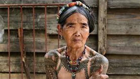 Đến Philippines, nhất định phải xăm mình tại nữ nghệ nhân 100 tuổi