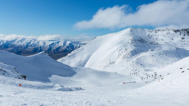 Bay đến núi tuyết ở Queenstown bằng trực thăng