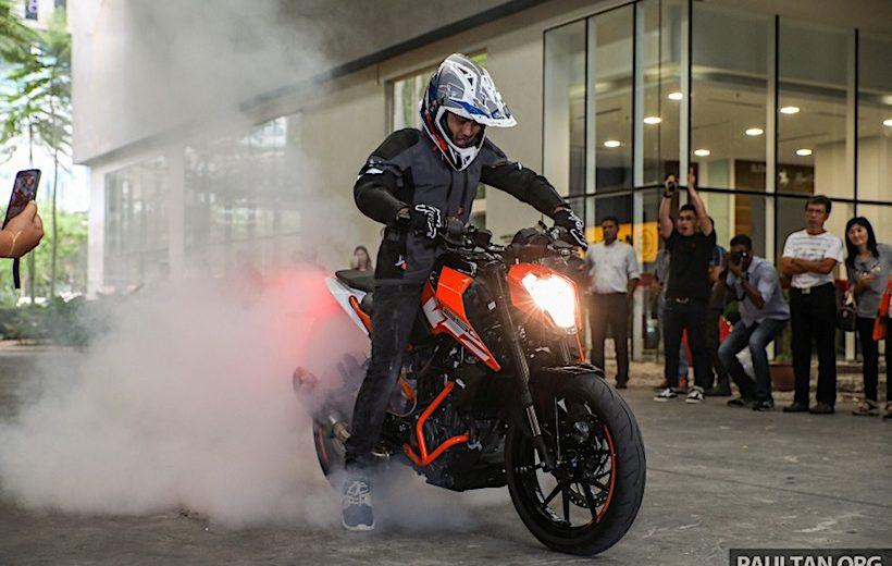 KTM Duke 250 và 390 phiên bản mới chính thức ra mắt tại Malaysia