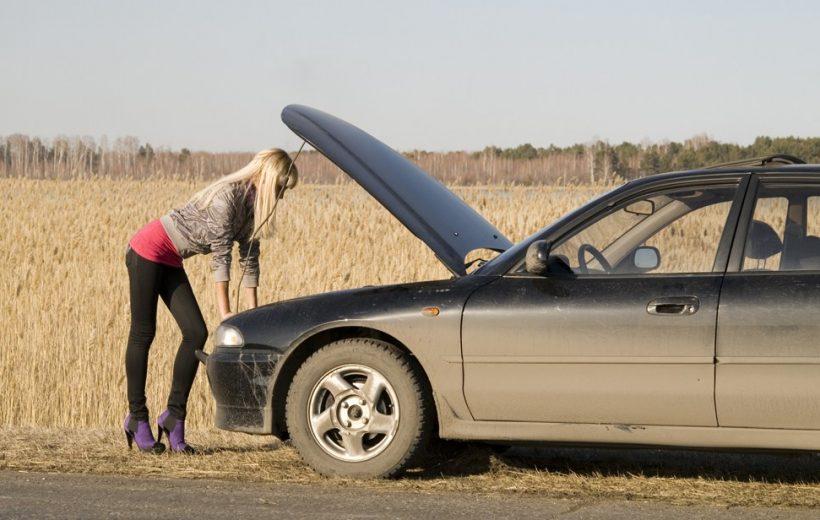 """10 thói quen """"hại không tưởng"""" cho xe ô tô mà ít ai biết"""