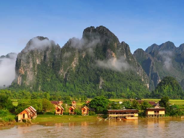 Yên bình xóm nhỏ Vang Vieng – Lào