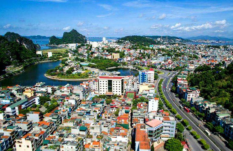 Đến Quảng Ninh trải nghiệm tắm khoáng nóng Địa Chất