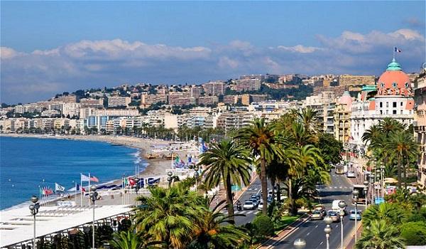 Nice thành phố biển thơ mộng