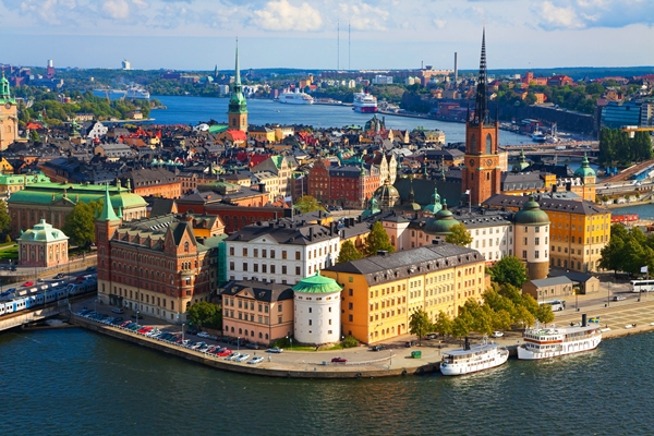 STOCKHOLM THỦ PHỦ CỦA TÌNH YÊU
