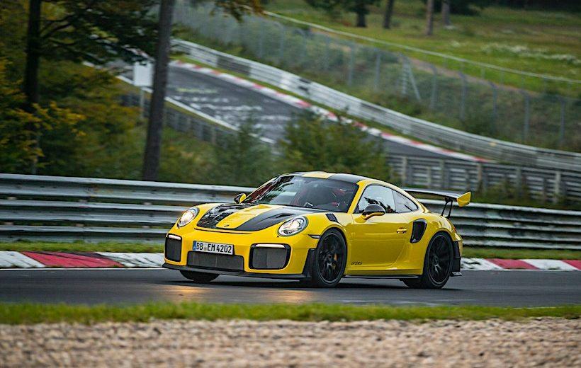 GT2 RS- mẫu xe 911 nhanh nhất lịch sử của Porsche