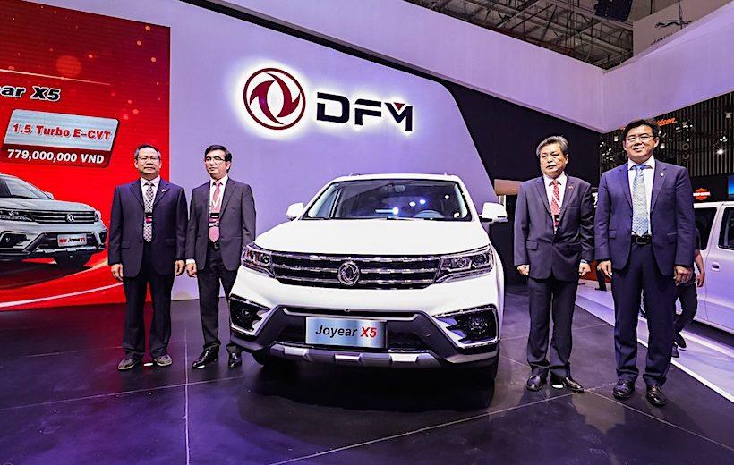 Tập đoàn ôtô Đông Phong chính thức ra mắt tại Việt Nam