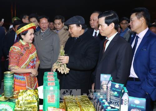 Thủ tướng Nguyễn Xuân Phúc tham quan Không gian văn hóa – du lịch tỉnh Hà Giang