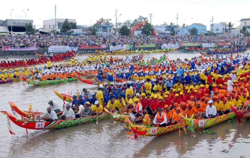 Khai mạc Lễ hội Ok Om Bok – Đua ghe Ngo tỉnh Sóc Trăng lần thứ 3