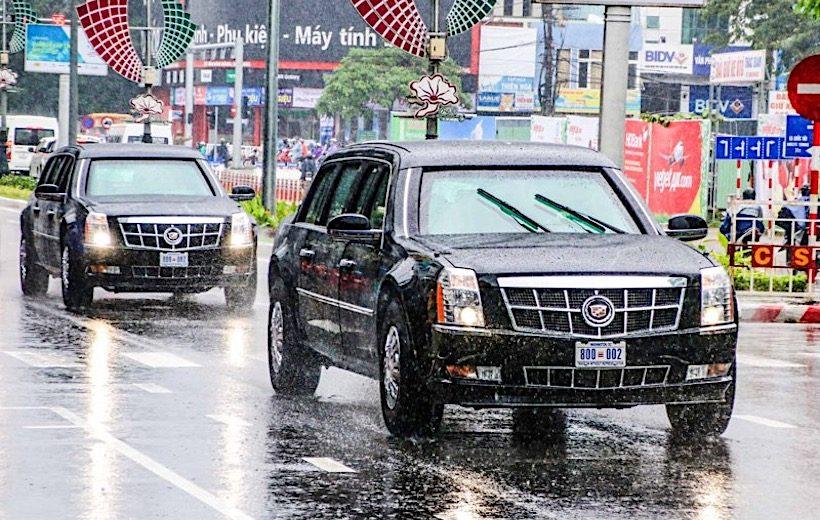 Hình ảnh dàn xe khủng của tổng thống Mỹ xuất hiện tại Hội Nghị APEC 2017