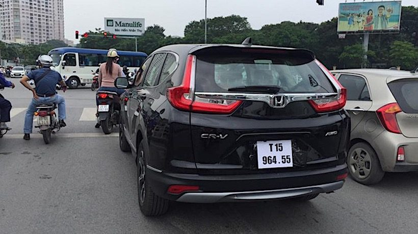 Xuất hiện Honda CR-V thế hệ mới trên đường phố Việt Nam