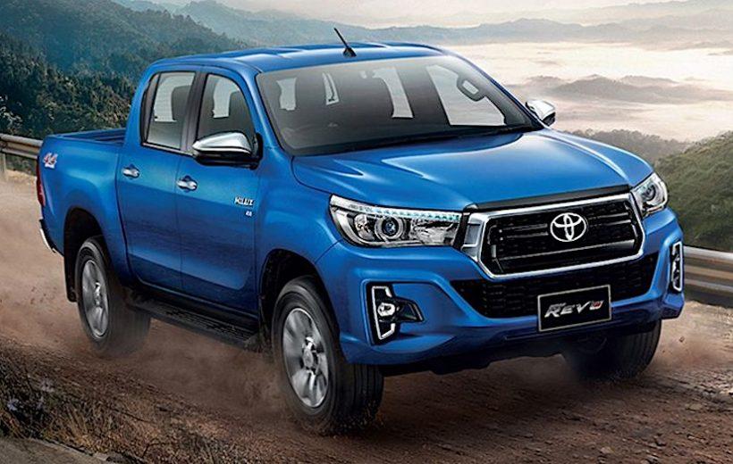Toyota Hilux Revo 2018 chính thức bán ra với giá 466 triệu đồng