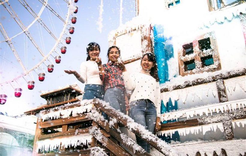 Trải nghiệm 'mưa tuyết' trong đêm Noel tại Sun World Danang Wonders