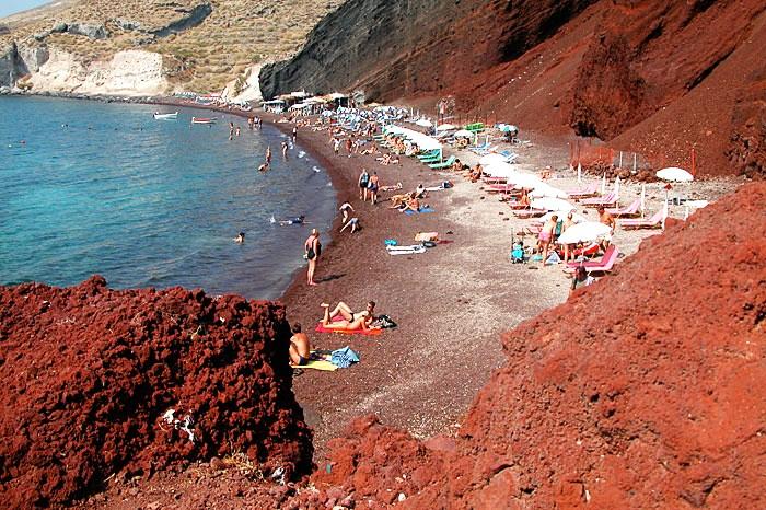 Màu sắc những bãi biển kỳ thú trên thế giới