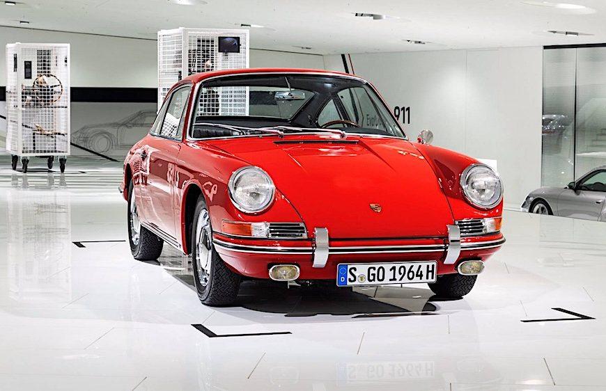 Cận cảnh Porsche 911 được phục chế hoàn hảo