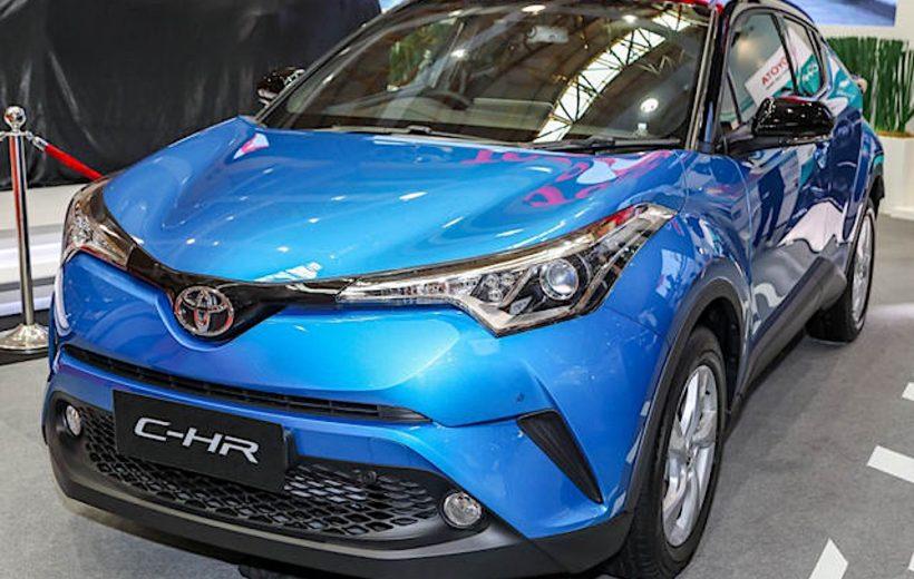 Toyota C-HR có giá bán từ 810 triệu đồng tại Malaysia
