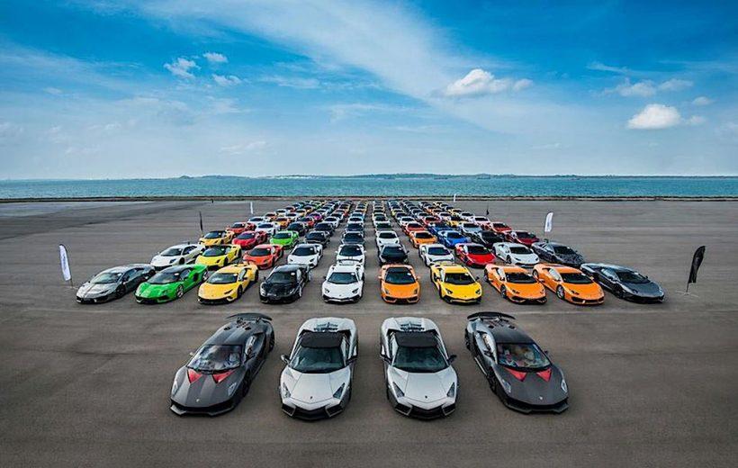 122 chiếc siêu xe Lamborghini cùng có mặt tại Singapore