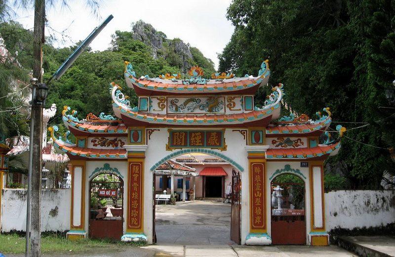 Chùa Hang – Thắng cảnh đẹp ở Kiên Giang