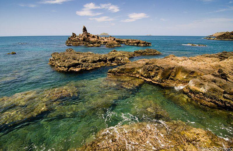 Đến Eo Gió Quy Nhơn check in con đường đi bộ ven biển hot nhất hè này
