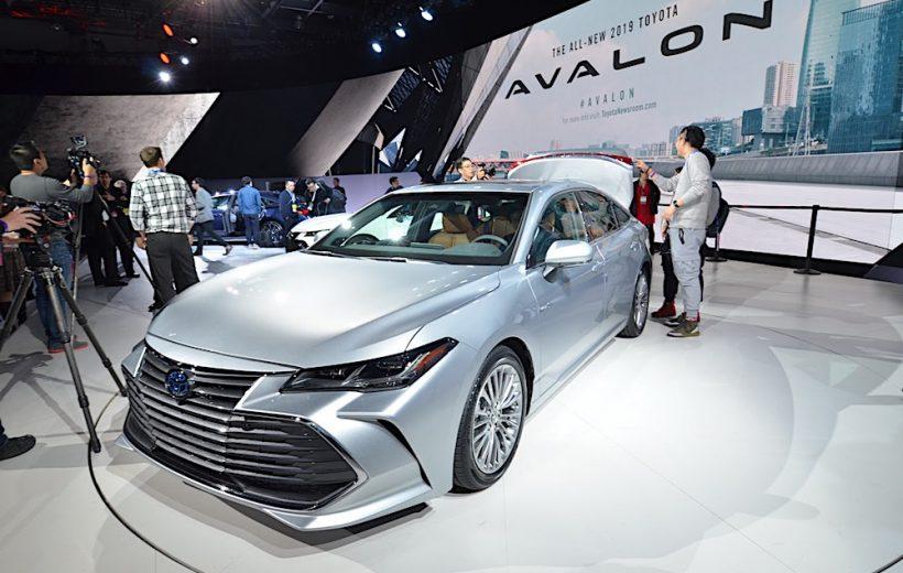 Toyota Avalon 2019 chính thức ra mắt