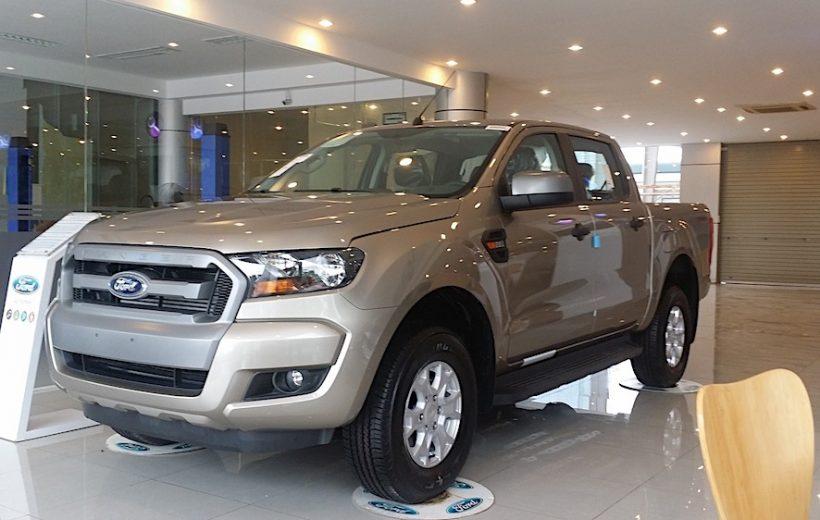 Ford Ranger giảm giá bán tại Việt Nam