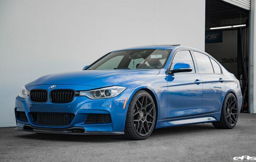 [Clip] Chủ xe BMW F30 lùi xe vào chỗ 'bá đạo'