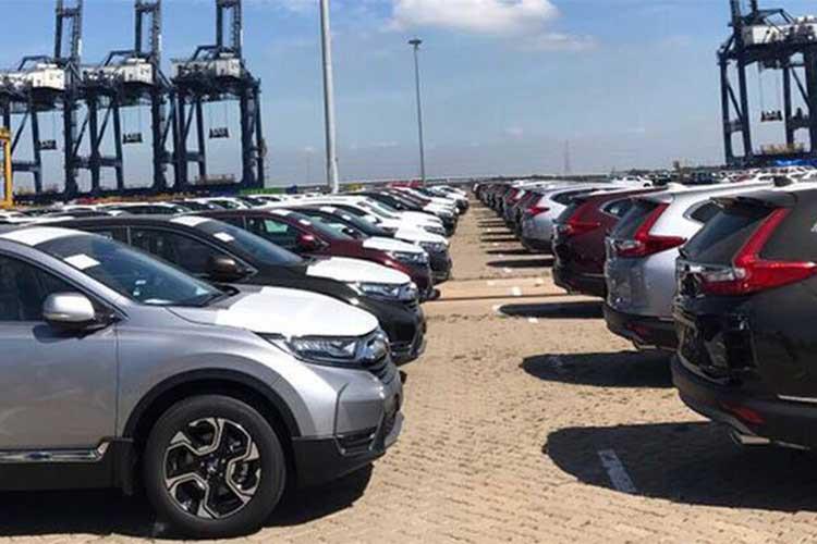 Nóng: Hàng nghìn ô tô Honda cập cảng