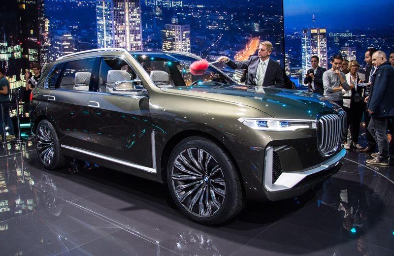 BMW X7 iPerformance ra mắt thị trường Đông Nam Á